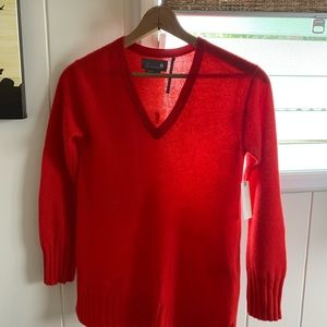 Gorgeous Anthropologie cashmere sweater